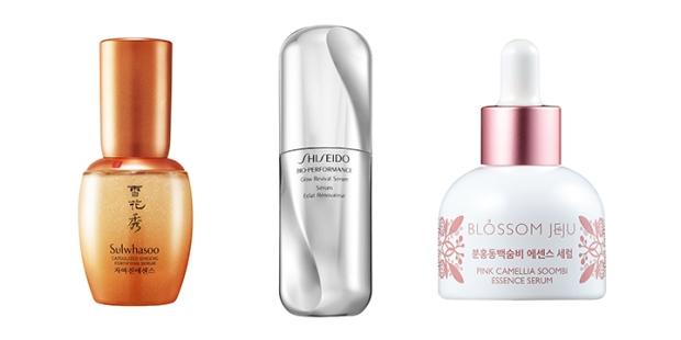 A serum that zooms in on the skin's capillaries for optimum skin health. Shiseido Bio-Performance Glow Revival Serum.