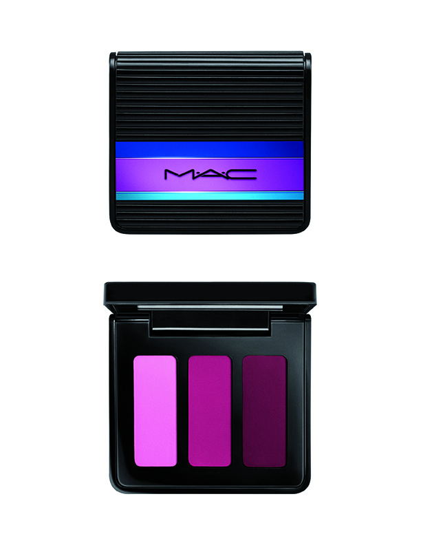 MAC_HolidayKit_Lipstickx3Compact_EnchatedEveLipsCoral_72dpiCMYK