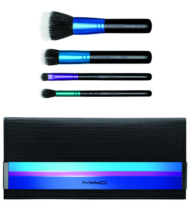 M.A.C Enchanted Eve Mineralize Brush Bag.