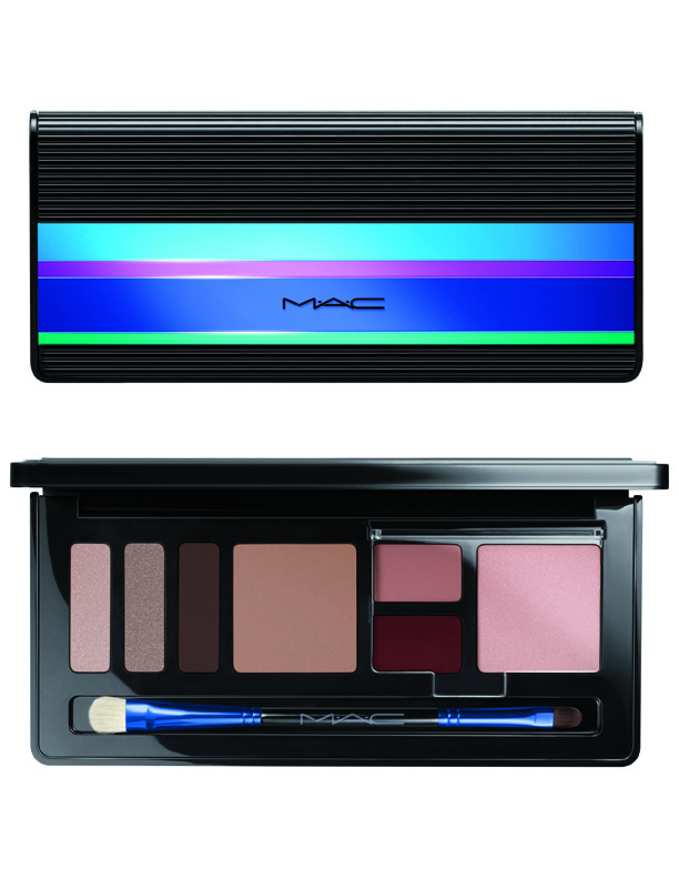 MAC_HolidayKits_FaceKit_EnchantedEveWarm_72dpiCMYK