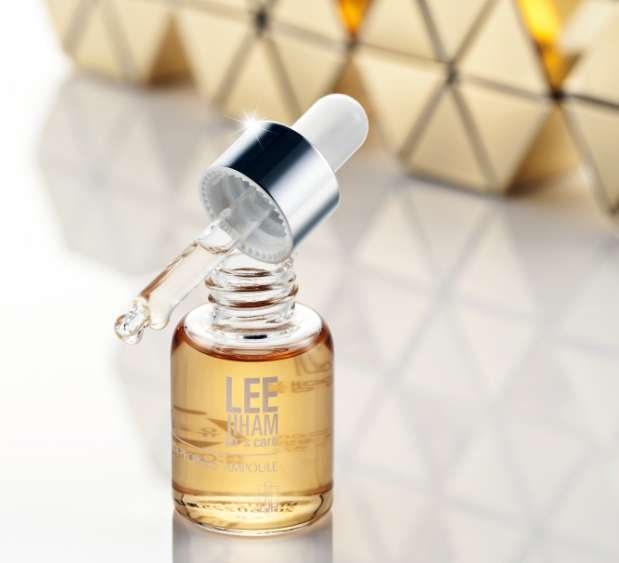 The hot new Korean skin care ingredient propolis is in LJH Vita Propolis Ampoule available at Glowrecipe.com