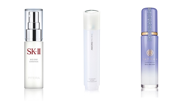 dry skin facial mists sk-ii mid-day essence spray amorepacific Moisture Bound Skin Energy Hydration Delivery System tatcha Luminous Dewy Skin Mist