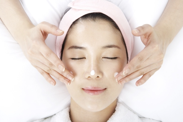 korean versus american facials