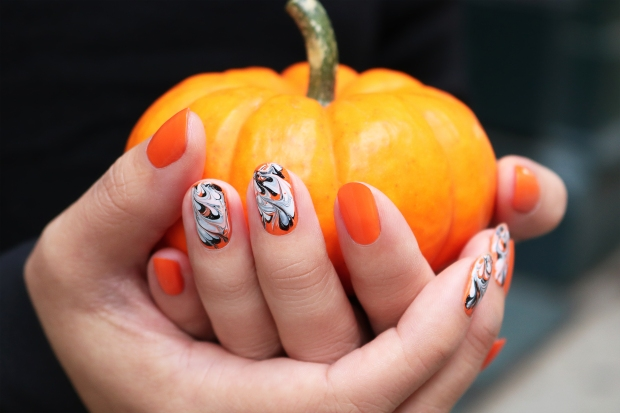 jinsoon halloween nail art