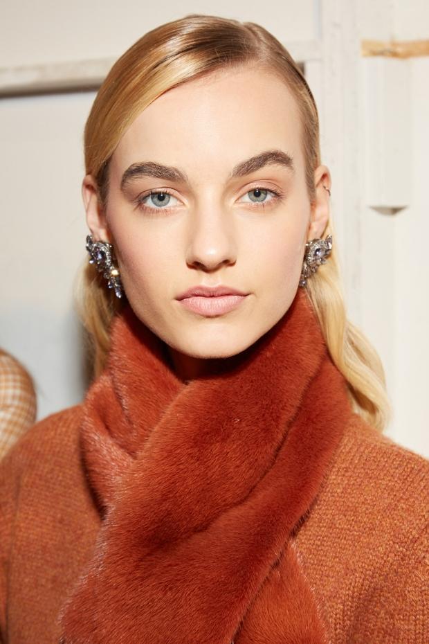 brock new york fashion week maybellilne